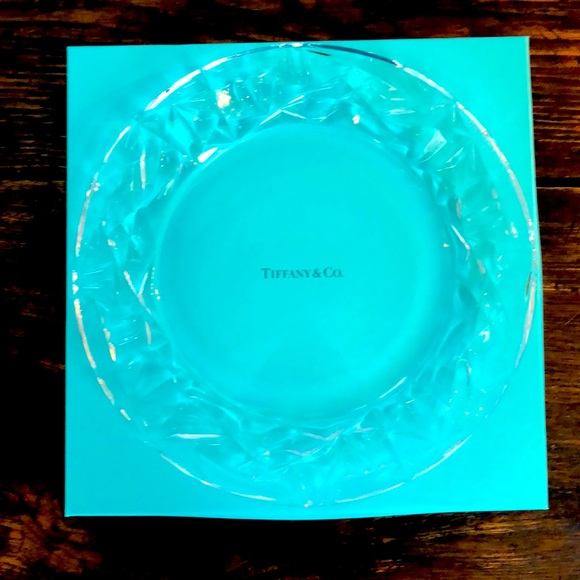 Tiffany & Co. Rock-cut clear crystal platter